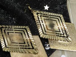 Statement Earrings Gold