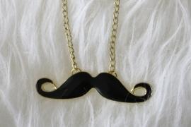 Mustach Neclace