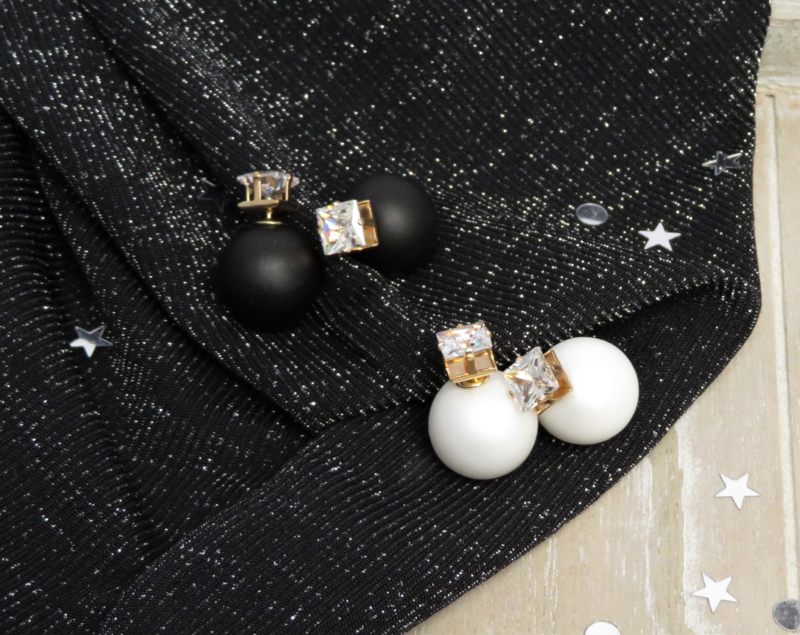 Diamond Earrings Matt Black / White