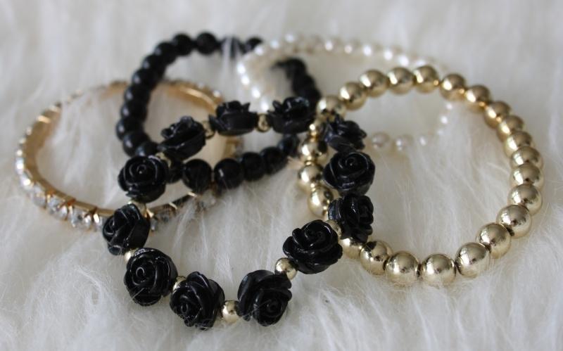 Black and Gold Bracelets Set