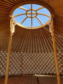 6-muurs Yurt met serre deuren en half grote ramen