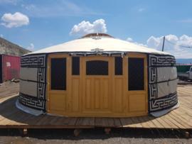 6-muurs Yurt met half grote ramen