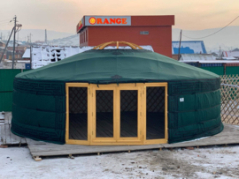 6-muurs Yurt met  serre deurpaneel en 2 serre raampanelen