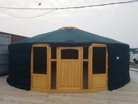 7-muurs Yurt met half grote  ramen