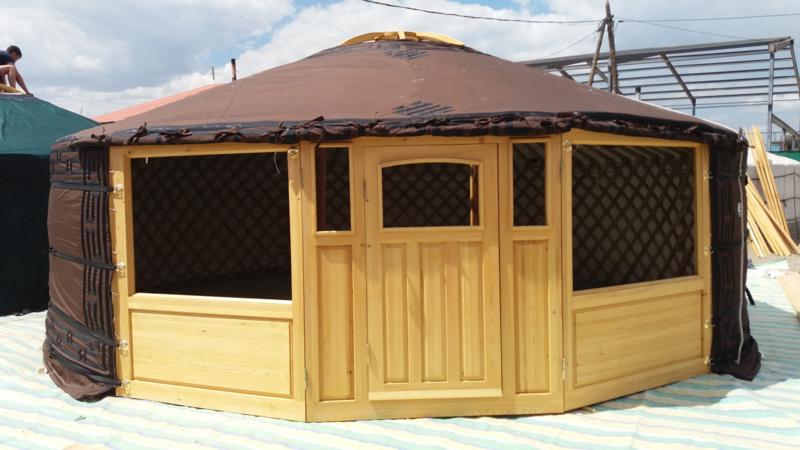 5-muurs Yurt met grote ramen