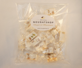 Nougat traditioneel  (zacht)  zakje á 150 gram - past in brievenbus, verzendkosten slechts € 3,50 !