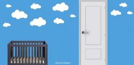 Wolken muursticker babykamer