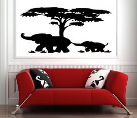 Boom safari met moeder en baby olifant