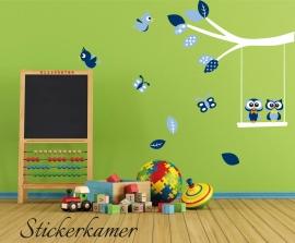 Muursticker tak met uilen, vlinders  en vogels blauw