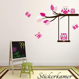 Muursticker tak met uilen en vlinders roze