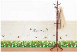 Kleurrijke bloemen en vlinders strook / plint