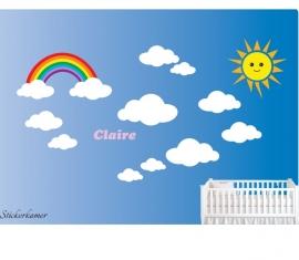Kinderkamer muursticker met wolken, regenboog, zon en eigen naam