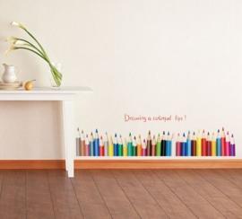 Muursticker strook met gekleurde teken potloden
