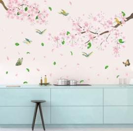 Muursticker boom / tak roze bloesem bladeren en vogels kinderkamer