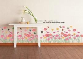 Muursticker  roze bloemen en vlinders strook - plint kinderkamer
