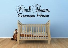 """Naamsticker voor in de jongenskamer: Prince """"naam""""sleeps here"""