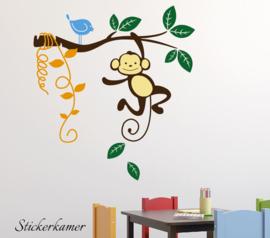 Muursticker tak met aapje en vogeltjes