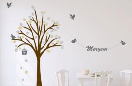 Muursticker design boom met naam en vogels