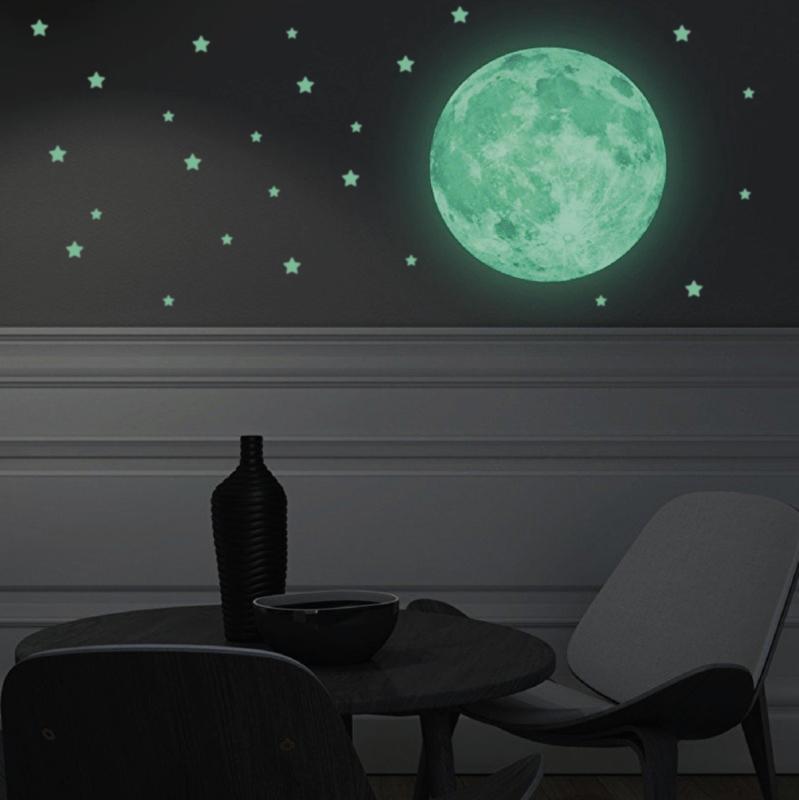 Glow in the dark sterren en maan muursticker kinderkamer