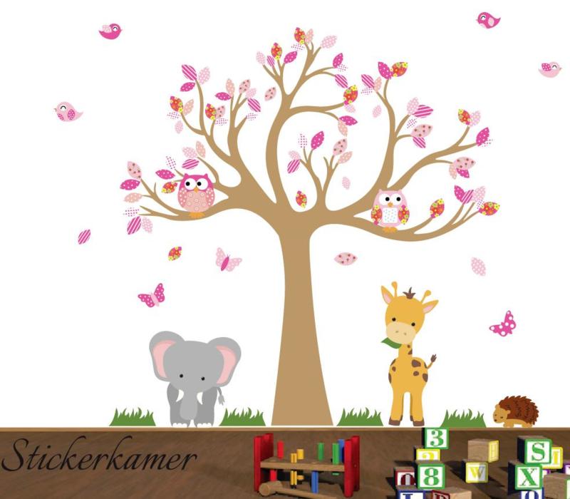 Muursticker boom met beesten meisjes roze thema