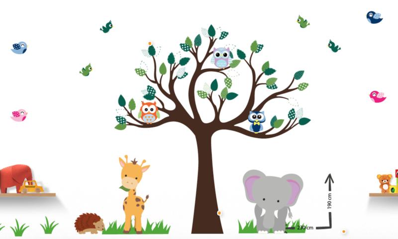 Muursticker cuddle boom met dieren groen thema