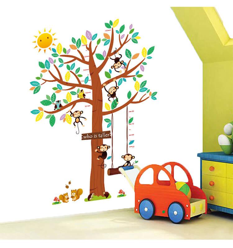 Muursticker kinderkamer boom met aapjes