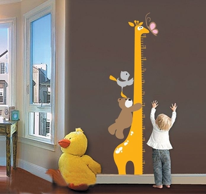 Muursticker groeimeter met giraffe, beer, vogel en vlinder kinderkamer