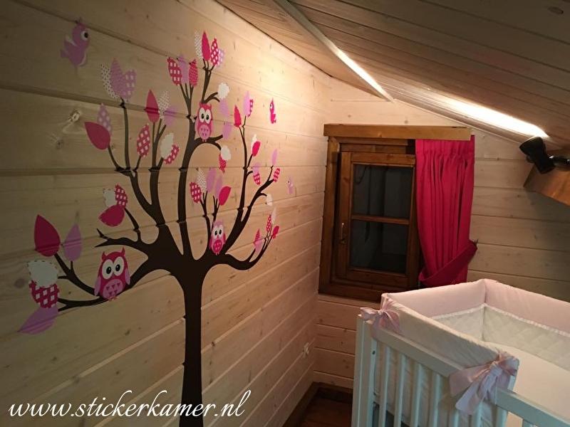 Muursticker boom met uilen en vogels meisjeskamer roze