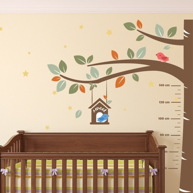 Groeimeter boom kinderkamer met vogels