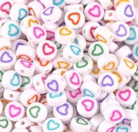 Letterkralen van acryl hartjes Wit-color