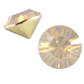 Puntsteen SS39 Light topaz opal (BQ)