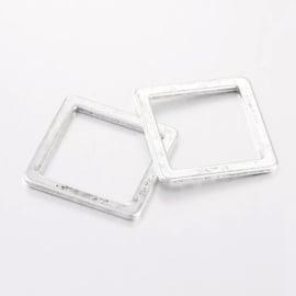 Tussenzetsel vierkant zilver