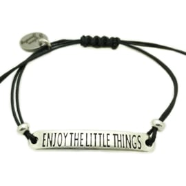 Armbandje ''enjoy the little thins'' - zwart & zilver