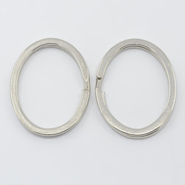 Sleutelhanger ovaal zilver