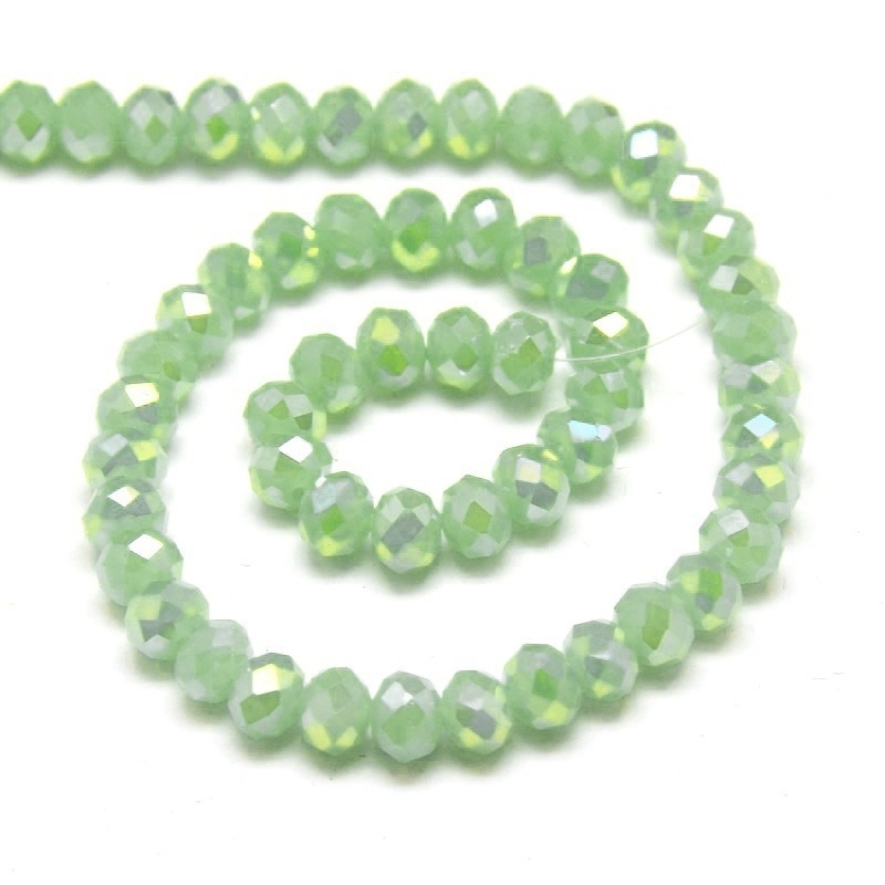 Glaskraal facet imi jade green 6x4mm