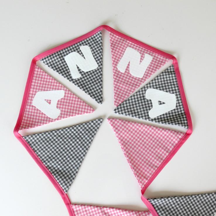 Vlaggenlijn roze-grijs  Anna