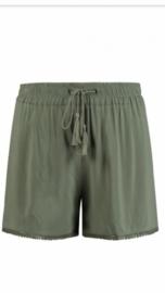 Short khaki groen