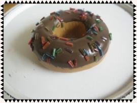 Donuts met chocolade en spikkels