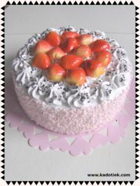 Slagroom aardbeientaart