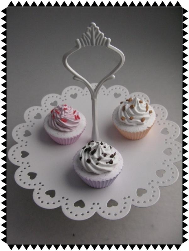 Nep gebak -  Een rond petit four