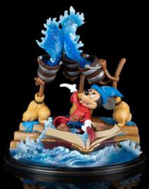 Q-Fig Max Elite Fantasia Figure Sorcerer Mickey 12 cm
