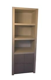 Design kast 'Margaux' met 2 deurtjes en legplanken