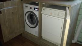 Wasmachine ombouw met verhoging en deurtjes