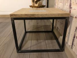Bijzettafel/Salontafel eikenhout en staal