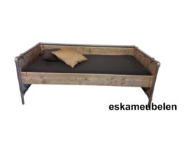 Bed Industrial de Luxe