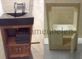 Toiletmeubel met deurtjes en plankje