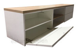 Tv meubel 'Ludwig' van eiken en MDF