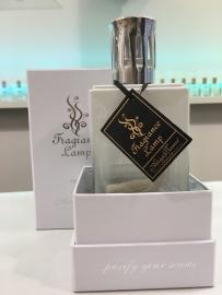 Ashleigh & Burwood Fragrance Lamp Obsidian Two Tone White/Clear
