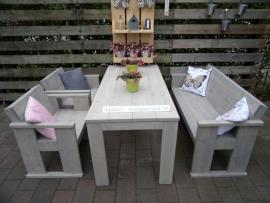 Steigerhouten Eettafel met bank en 2 stoelen