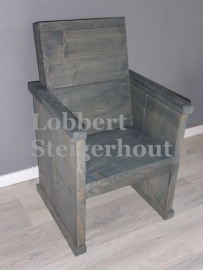 Steigerhouten stoel voor kinderen